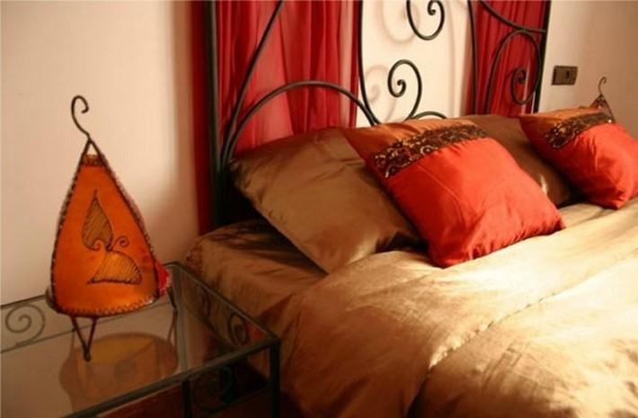 7. Марокканский текстиль в спальне