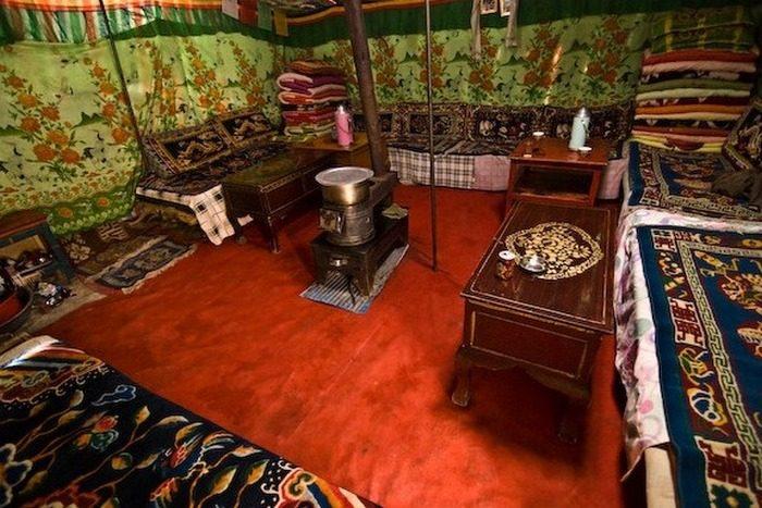 Komnata_v_tibetskom_dome