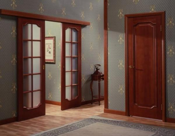 Mejkomnatnaya_dver_kupe