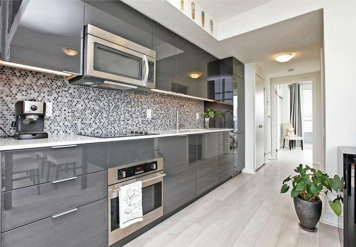 кухни серого цвета в интерьере