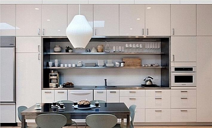 7. шкафы до потолка на кухне
