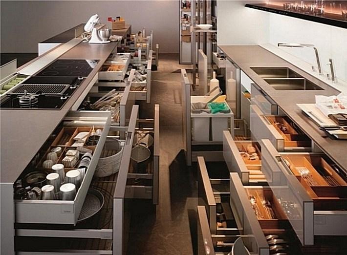 8. компактное хранение на кухне