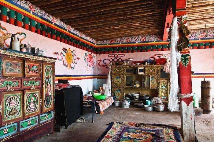 Tibetskiy_interior