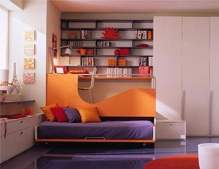 фиолетовый и оранжевый цвета в интерьере