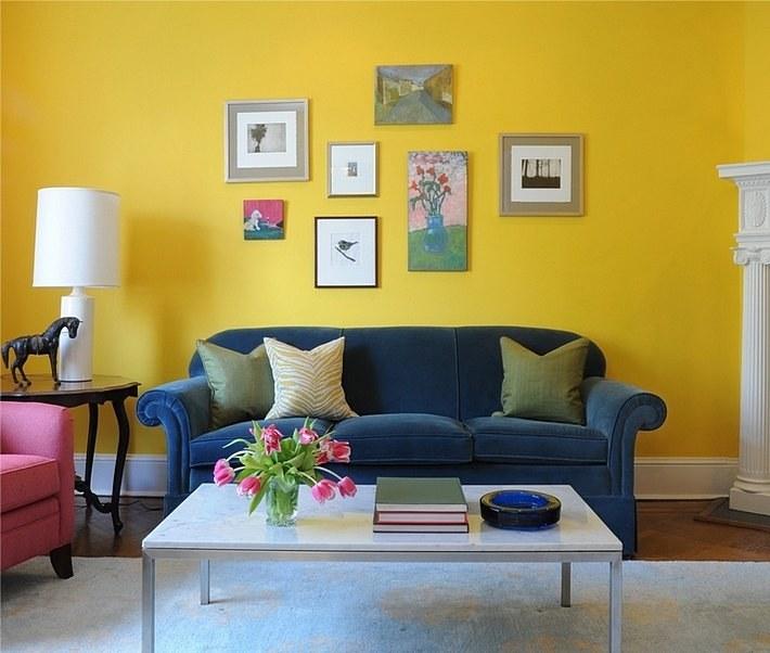 желтый и синий цвета в интерьере